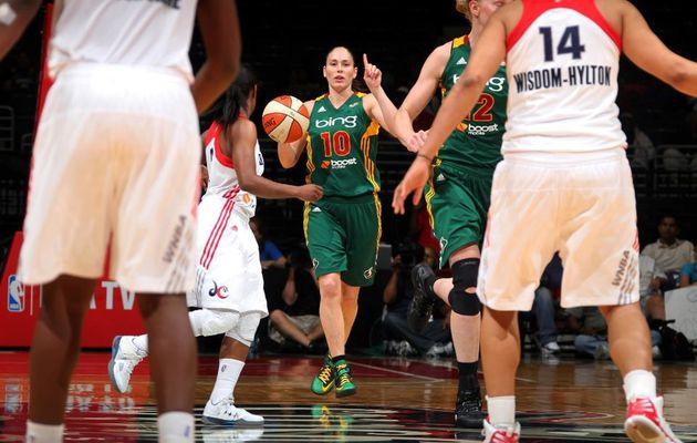 WNBA: Sue Bird guide Seattle et les Los Angeles Sparks perdent la tête à Tulsa