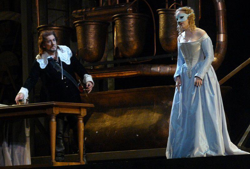 Placido Domingo (Cyrano) et Nathalie Manfrino (Roxane)