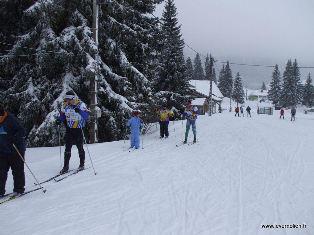 Les coureurs du Stade Vernolien en stage de préparation dans le Jura. Février 2013