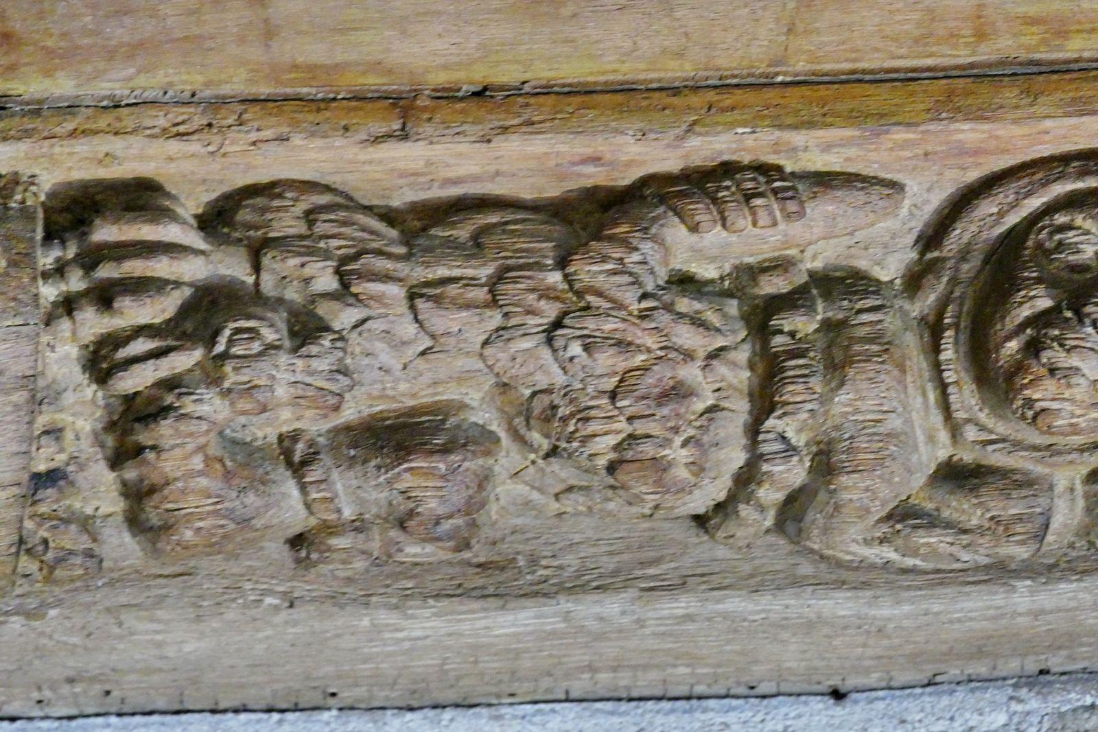 Sablières (chêne, 1507) de l'escalier du palais épiscopal de Quimper. Photographie lavieb-aile juin 2021.