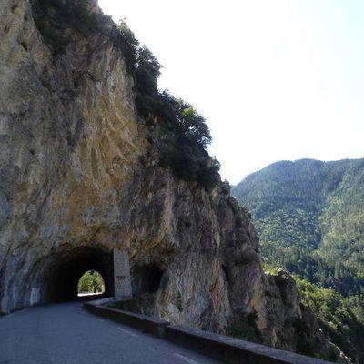 Gorges de la Vésubie-2 montées au col de Turini-Col de St Roch-Col des Portes