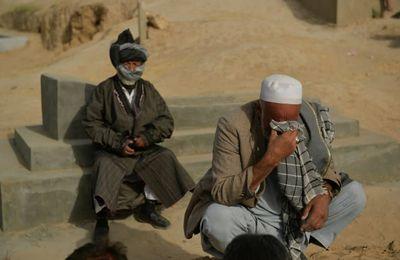 Entre les lignes : un article de l'AFP montre implicitement que les américains organisent terrorisme et famine en Afghanistan !