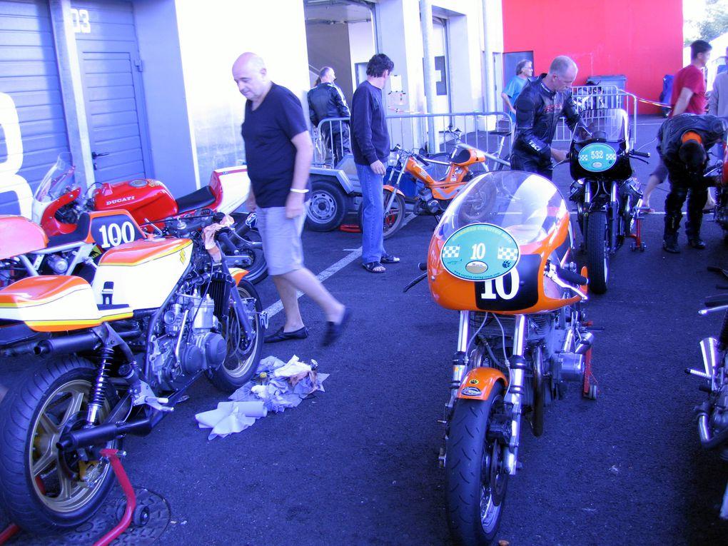 Journées-Coyote-2010- Démonstration motos et sides anciens