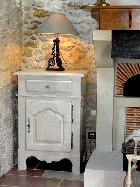 Des modèles de meuble rustique en chêne changement de finition : peint, patiné ou cérusé à Orsay et  Sacy le Grand.