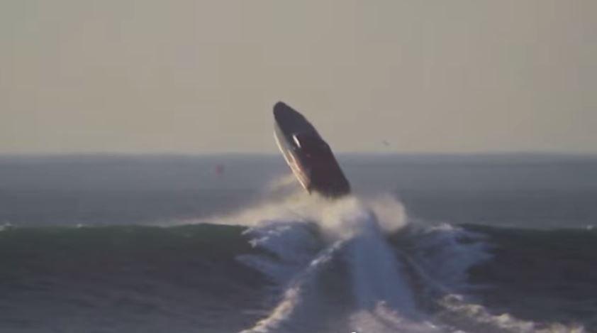 VIDEO - passage de barre extrême, en volant ?