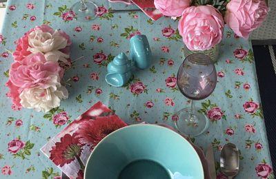 Table, au nom des fleurs