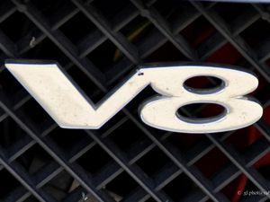 Expositions de voitures anciennes à Maisons Lafitte / MG - BGT - V8 - 1973
