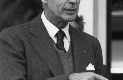 Les ombres de Giscard d'Estaing