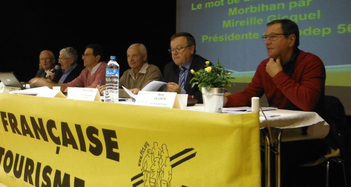 Les intervenants de la Ligue ; le secrétaire général de la FFCT...