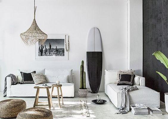     Tendance        La planche de surf en accessoire déco