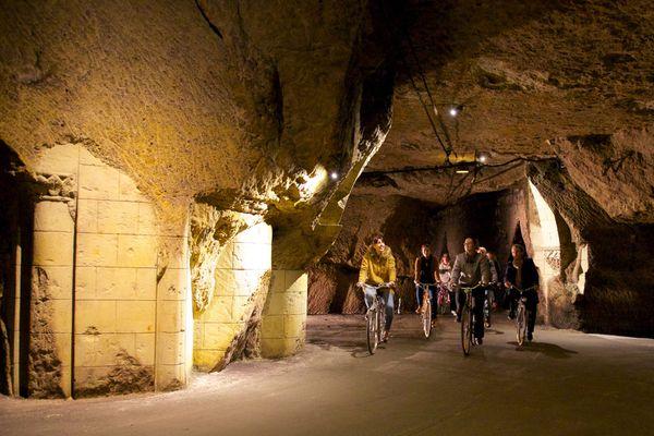 Les caves de Bouvet-Ladubay à vélo ! Mais oui, c'est possible ...
