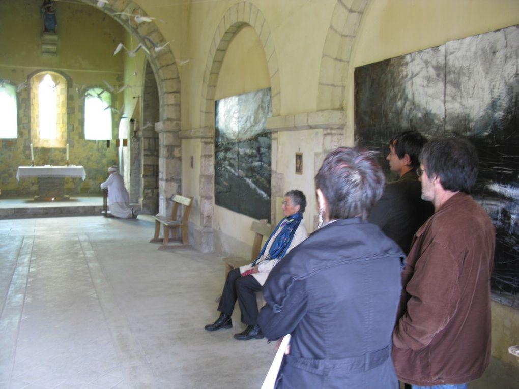 """Installation """"Vagues"""" des Journées du Patrimoine 2011 à la Chapelle de la Victoire."""