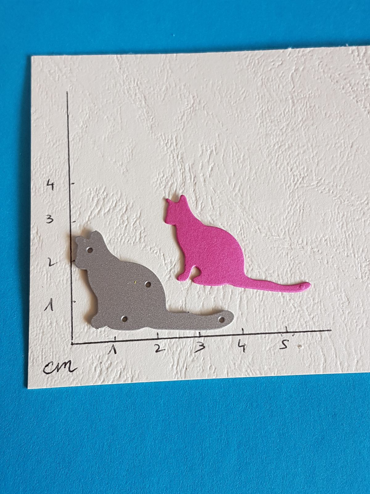 LOT 2 - CHAT 1 euro