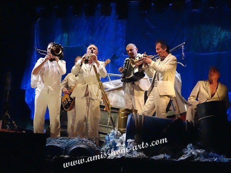 ZIC ZAZOU...DES MUSICIENS-COMEDIENS...MULTI-ARTISTES...