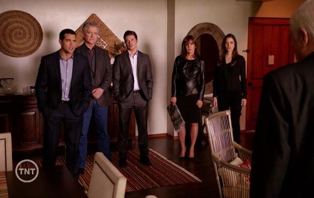 Critiques Séries : Dallas (2012). Saison 2. Episode 15. Legacies.