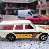 220-A VOLVO 245 DL BREAK MAJORETTE 1/60. - car-collector.net