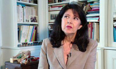 VIDEOS  : 3 questions à Sylviane Giampino - Auteure du rapport  Développement du jeune enfant, modes d'accueil et formation des professionnels »