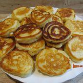 Blinis ou pancakes au yaourt et à la feta - www.sucreetepices.com