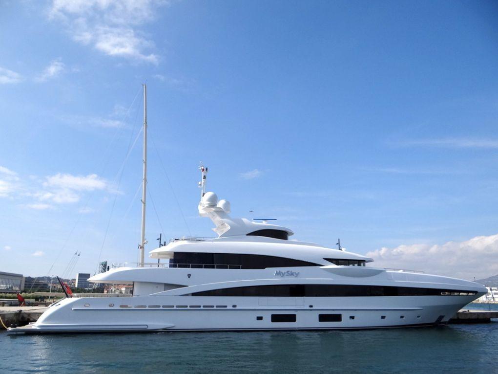 MY SKY , à quai à la Seyne sur Mer le 04 octobre 2017