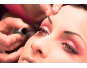 L'art de se maquiller les yeux en 7 étapes