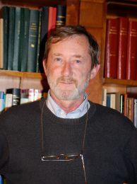 """Patrick de Saint-Exupéry, """"une traversée"""" qui ne convainc pas. Par le Professeur Filip Reyntjens."""