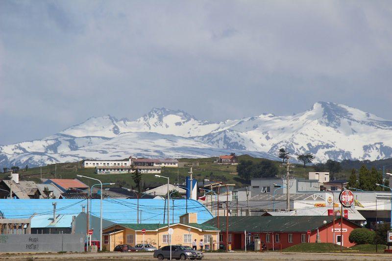 La ville d'Ushuaia  (dernière photo vue de la chambre)