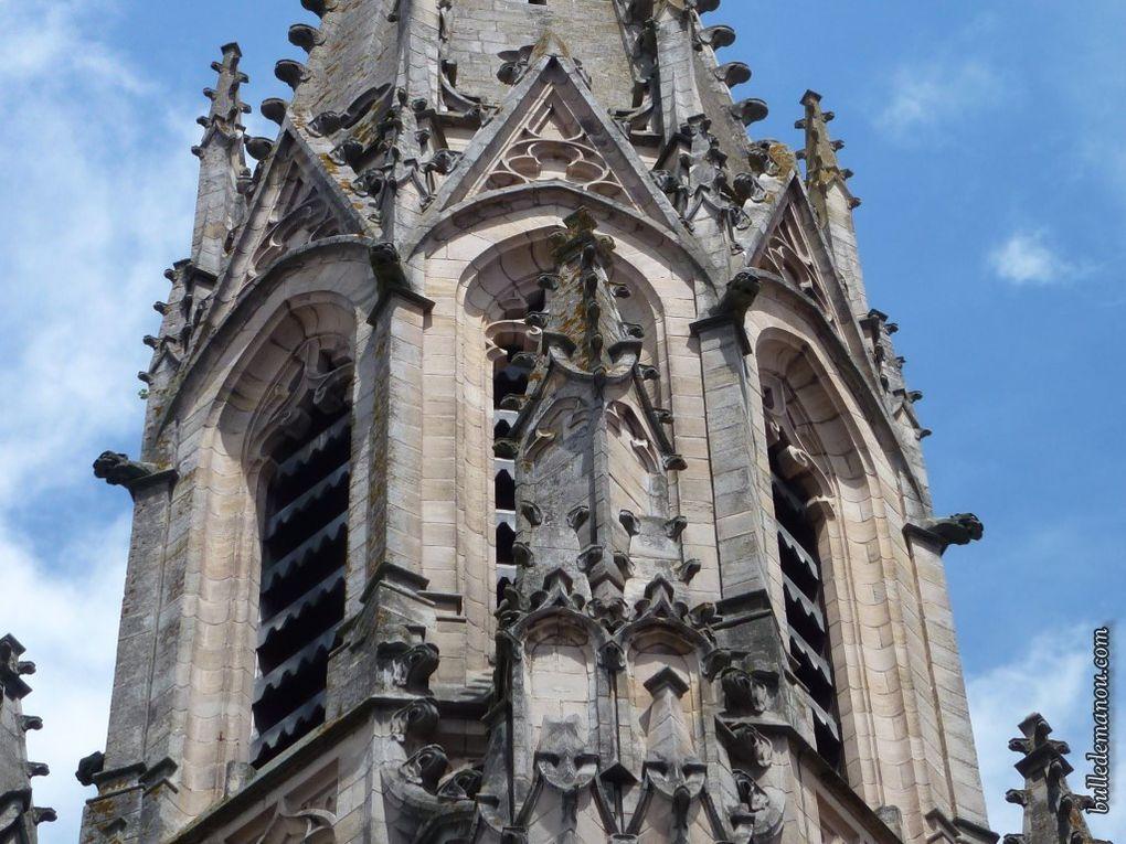 L'église vue de l'extérieur...