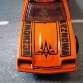 CHEVY MONZA 2+2 HOT WHEELS MADE IN FRANCE 1/64 - LOGO BP PATENTE CANADA - car-collector.net