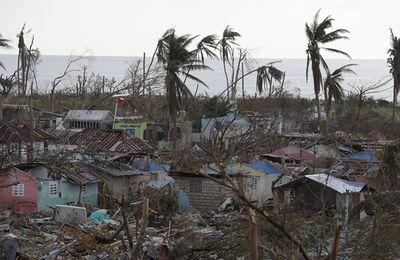 Les Haïtiens appellent à ne pas donner d'argent à la Croix-Rouge US (Sputniknews)