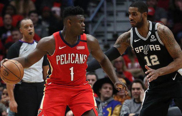 Zion Williamson réussit ses débuts en NBA en signant une performance retentissante