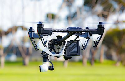 The Benefits Of Drones Over Typical Approaches Of recording Action