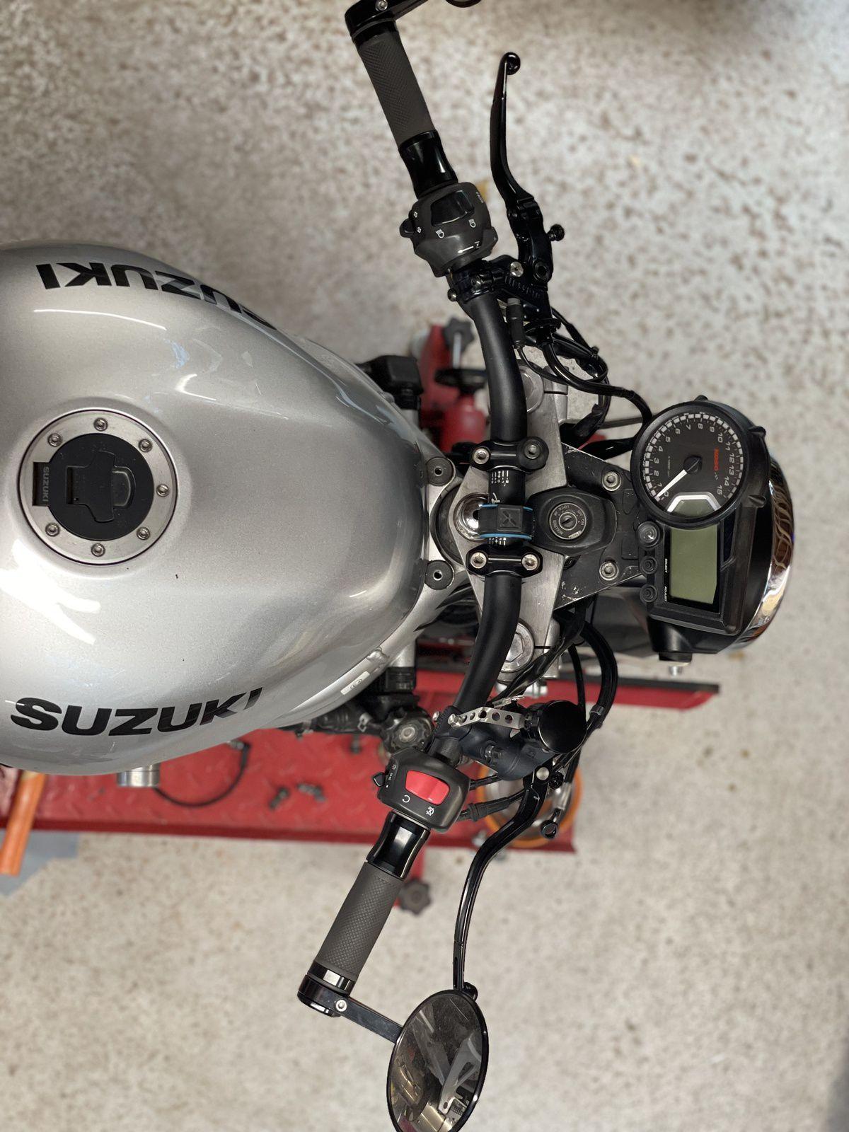 Remise en état freinage sur SUZUKI SV 650
