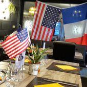 Humour Drapeaux: Bleu étoilé, blanc, rouge - Doc de Haguenau