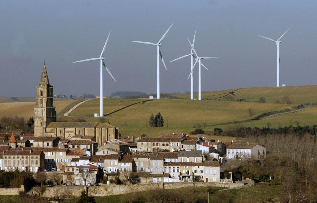 Éoliennes : le Sénat vote un droit de veto aux maires souhaitant s'opposer à leur implantation