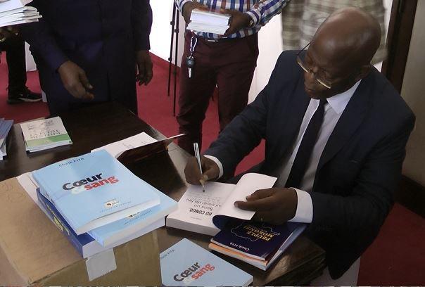 Livres. Les éditions OCM de Kinshasa publient un coffret de dix livres de Cheik FITA