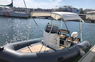 Scoop - deux modèles de bateaux semi-rigides intègrent la gamme Bénéteau Boat Club