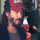 Keanu Reeves looks handsome out to lunch at Malibu Country Market