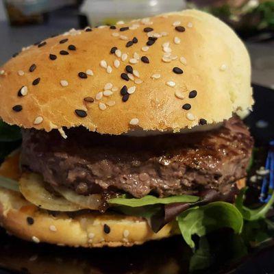 Pain à burger légèrement brioché
