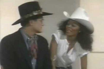 """Interdit aux bâtards / Chaque jour un son - Diana Ross & Larry """"JR"""" Hagman : """"You are everything"""""""
