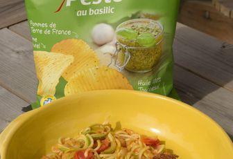 Poisson pané aux chips et spaghettis de courgette