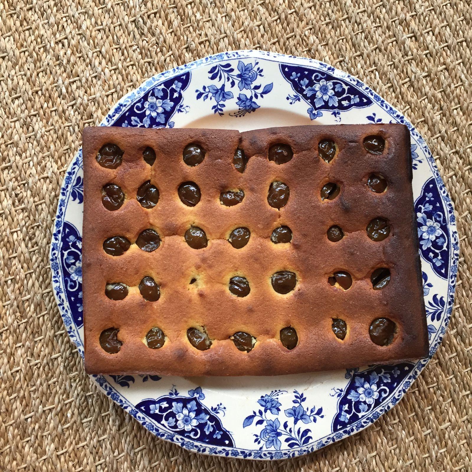 Gâteau moelleux aux fruits de saison