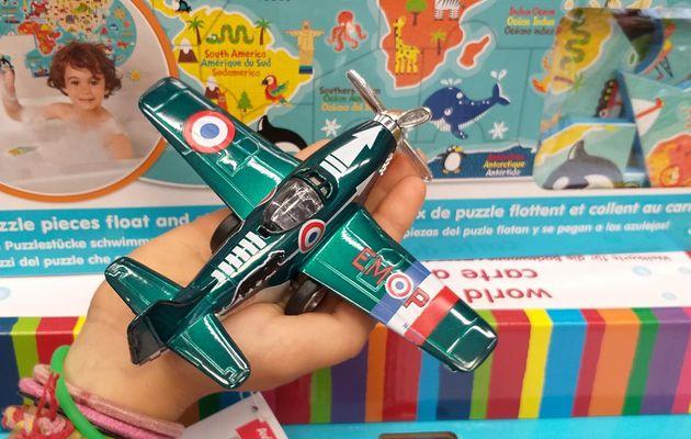 Avion en métal - jouet modèle réduitV