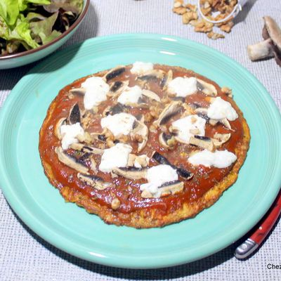 Pizzettes sur fond d'omelette