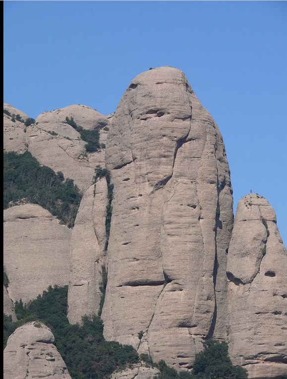 La Gorra frigia, la Momia, La roca plana del llam, la Moreneta