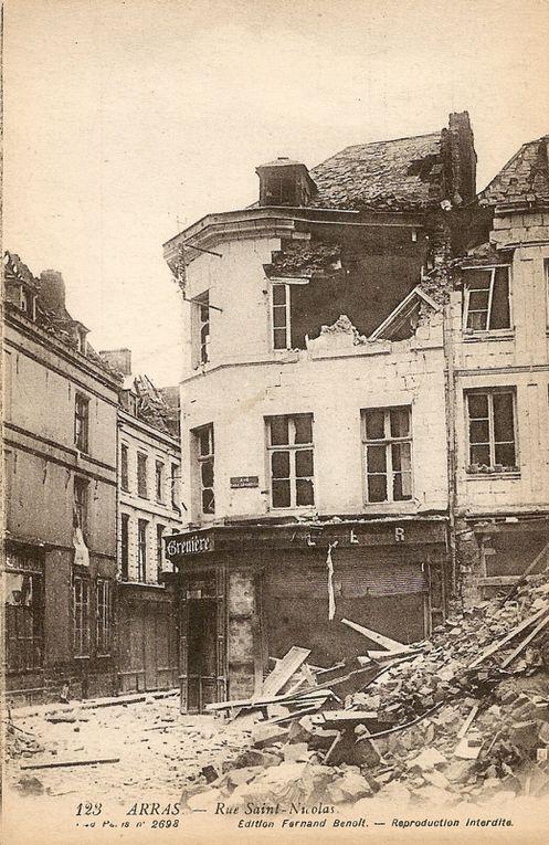 Rue Ronville et rue Emile-Legrelle.  Durant, architecte, 1927 - Carte postale : collection privée.