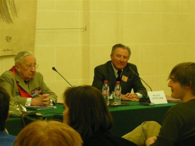 Sous le haut patronage du Sénateur des Hauts-de-Seine, Isabelle Debré, membre d'Honneur de l'UGF, rencontre organisée par l'UGF, autour de l'oeuvre du Général de Gaulle et de la 2ème guerre mondiale au Palais du Luxembourg le 10 Mars 2010 avec