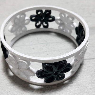 Bracelet en papier (quiling)