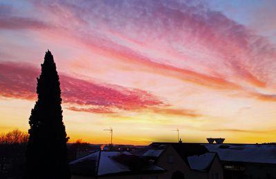 Un lever de soleil flamboyant par Jean-Paul B. !