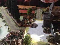 L'automitrailleuses va rester clouer sur place par les troupes anglaises équipées de fusil lance grenades