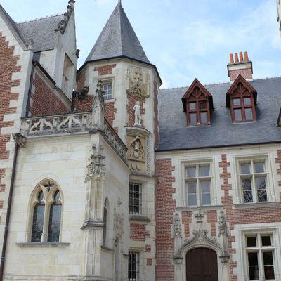 Il n'y a pas qu'un château à AMBOISE.....le Manoir du Cloux ça vous dit ?